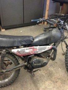 1980s Yamaha Dirtbike Gets A Modern Look