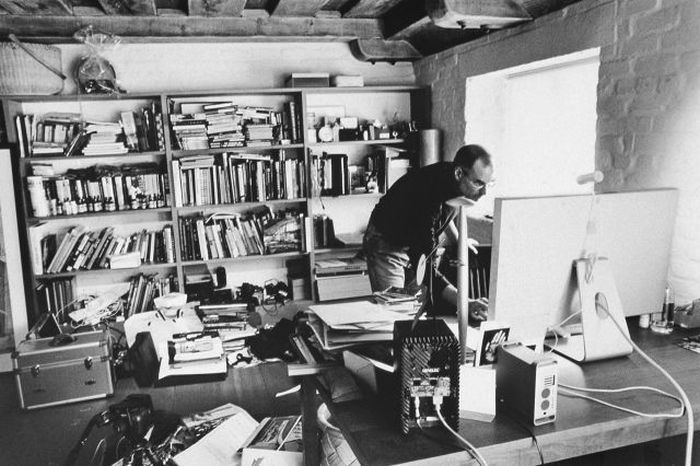 Workspaces Where Geniuses Get The Job Done