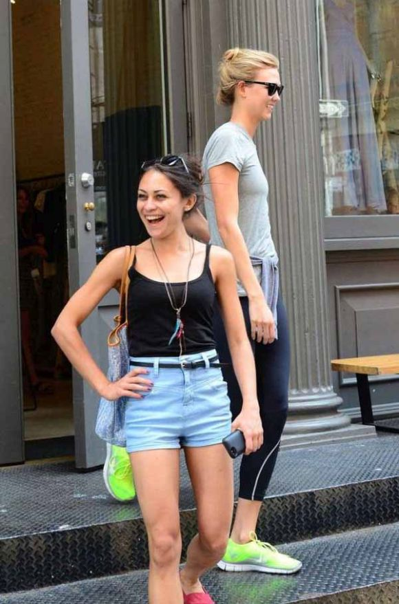 Supermodel Karlie Kloss Is Behind You