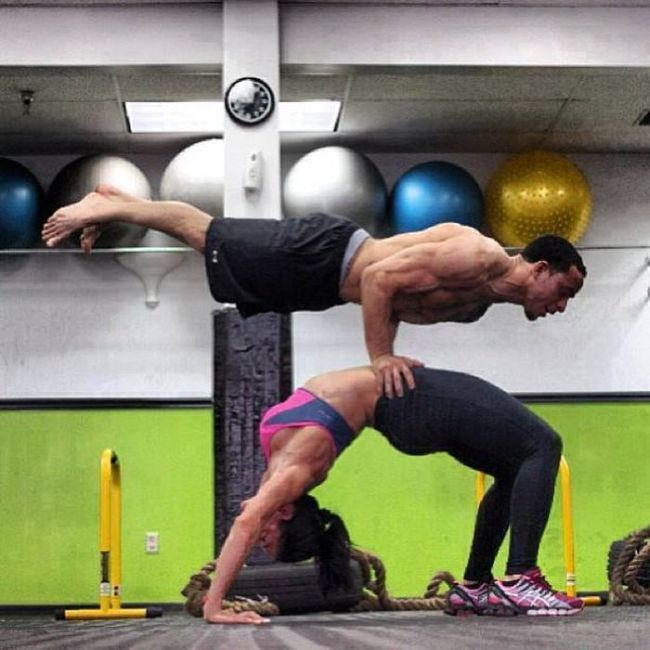 The Couple That Exercises Together Looks Good