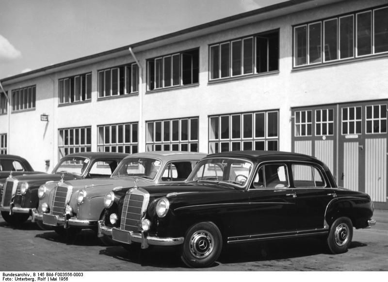 Mercedes benz factory in 1956 part 1956 vehicles for Mercedes benz usa factory