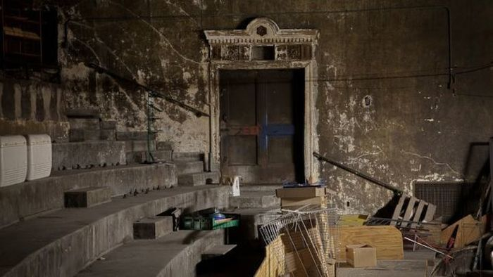 Abandoned Movie Theaters That Have To Be Haunted