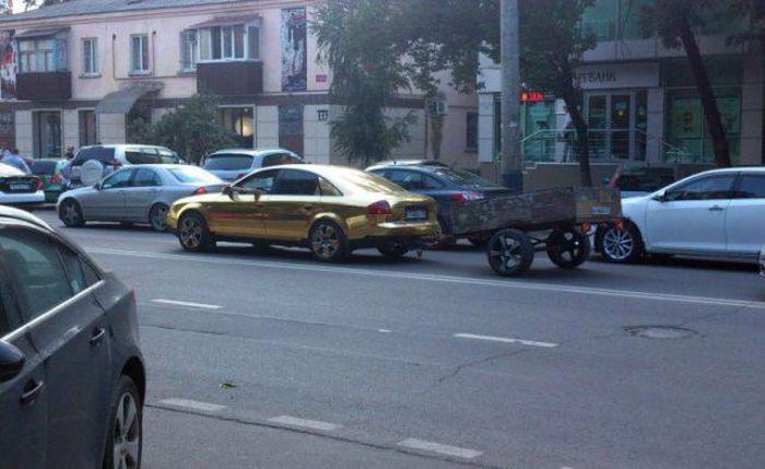 Hilarious Car Pictures