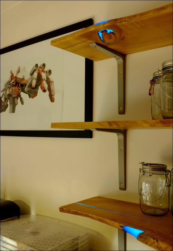 Homemade Shelves That Glow