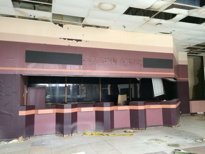 A Look Inside The Abandoned Rolling Acres Mall