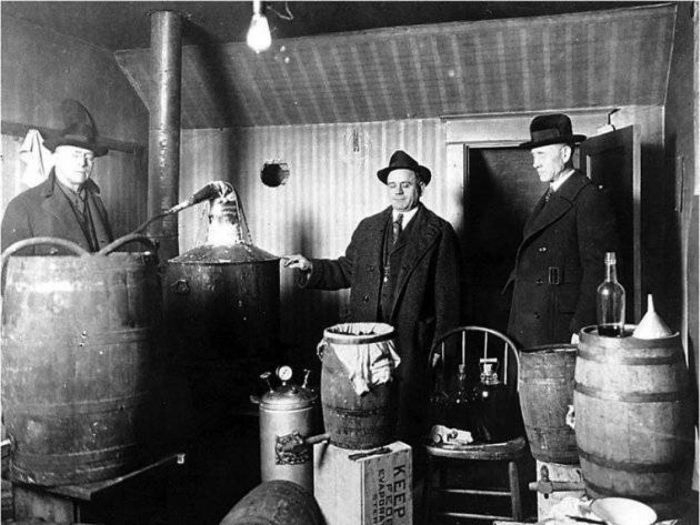 Historic Photos From The Prohibition Era