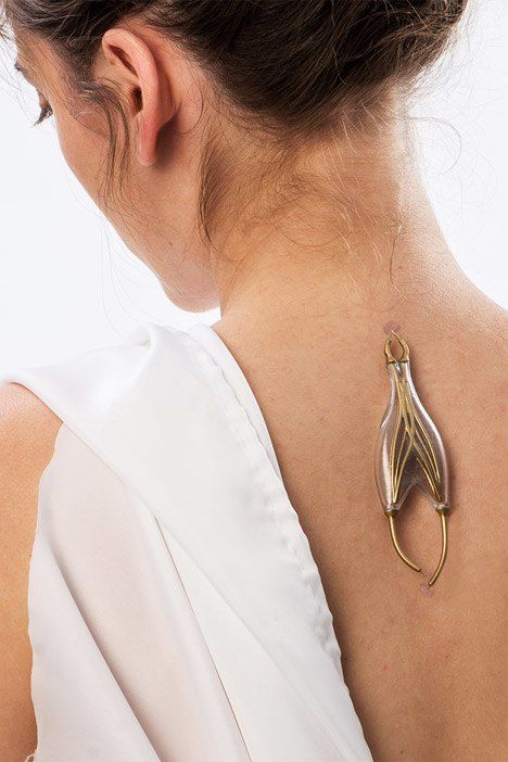 Naomi Kizhner's Jewelry Uses Energy From Your Body