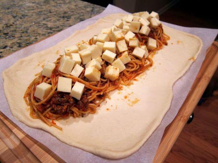 How To Make Spaghetti Bread