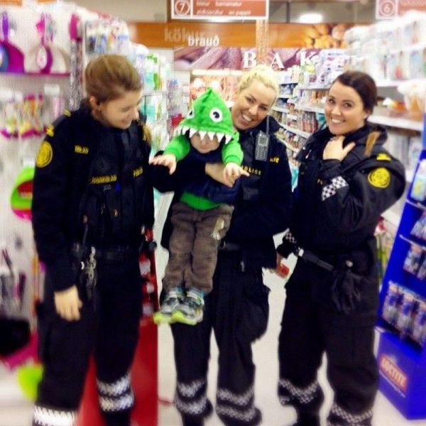 Icelandic Police Are The Coolest Cops Ever
