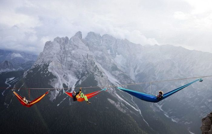 These Hammocks Are Built For Daredevils