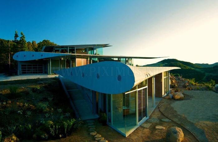 Boeing 747 House
