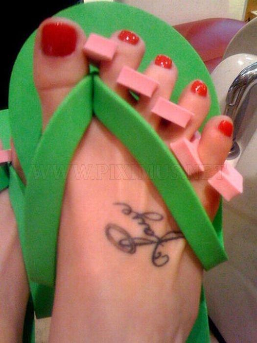 Celebrity Fingernail Designs