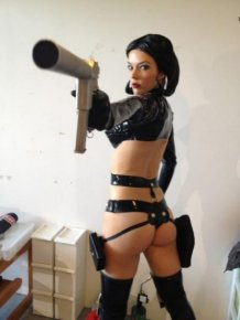 Hot Chicks With Guns Will Blow You Away