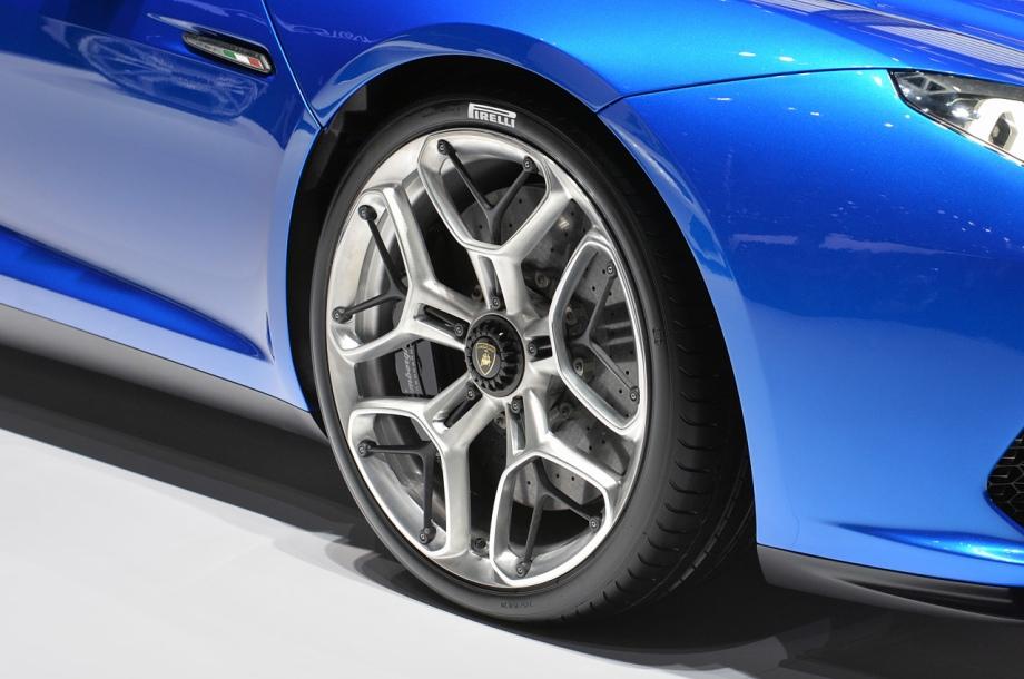 Lamborghini hybrid Asterion LPI 910- 4, part 4