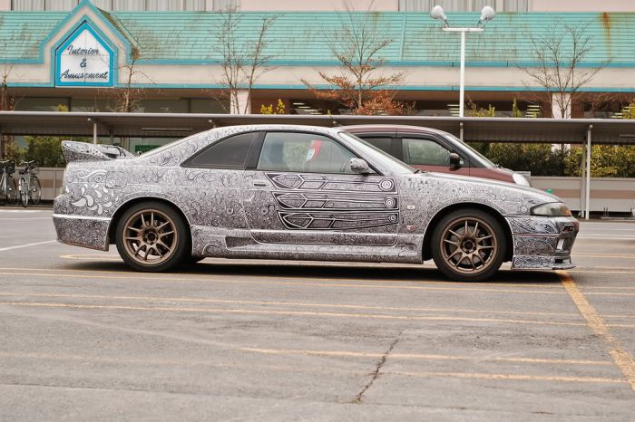 Giving Your Car A New Paint Job With A Sharpie