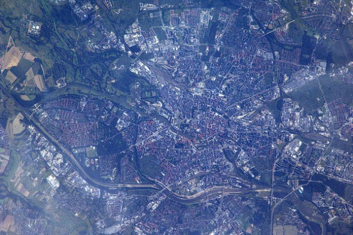 German Astronaut Takes Photos Of Earth From Space