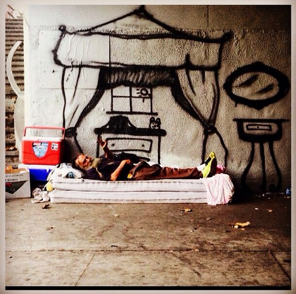 Artists Creates Homeless Dreams