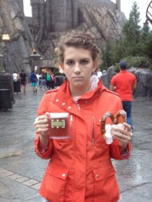 This Woman Hates Disney World