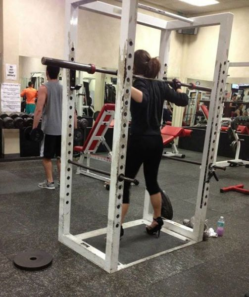 These People Have No Idea How To Use The Gym