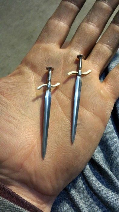 How To Make A Dagger DIY Style