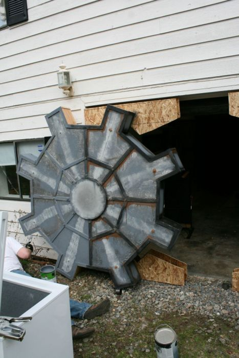 Man Builds Fallout Style Garage