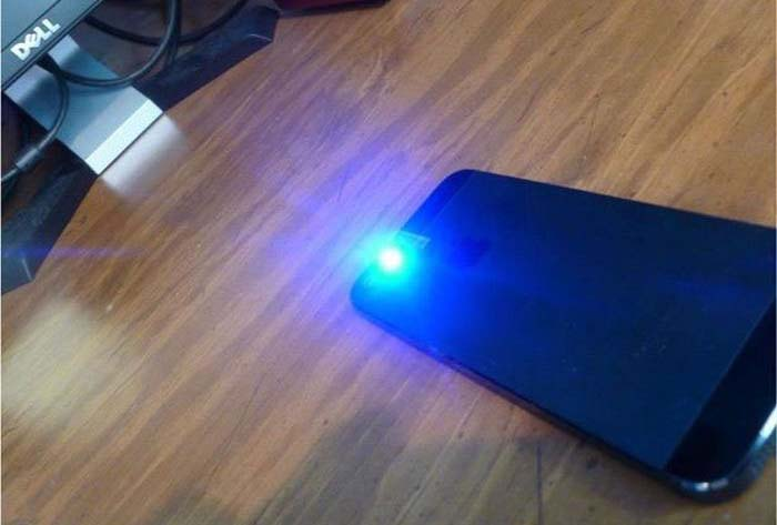 How To Turn Your Smartphone Into A Blacklight Others