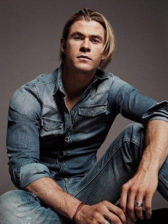 Chris Hemsworth Is Named Sexiest Man Of 2014