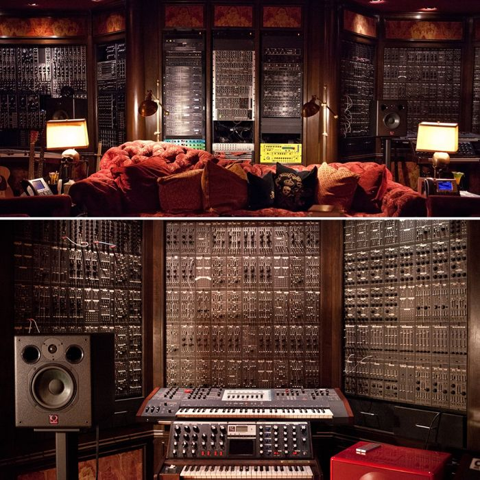 Hans Zimmer Has A Beautiful Music Studio