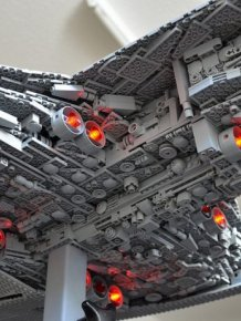 Amazing Star Wars Replica Built With LEGOS