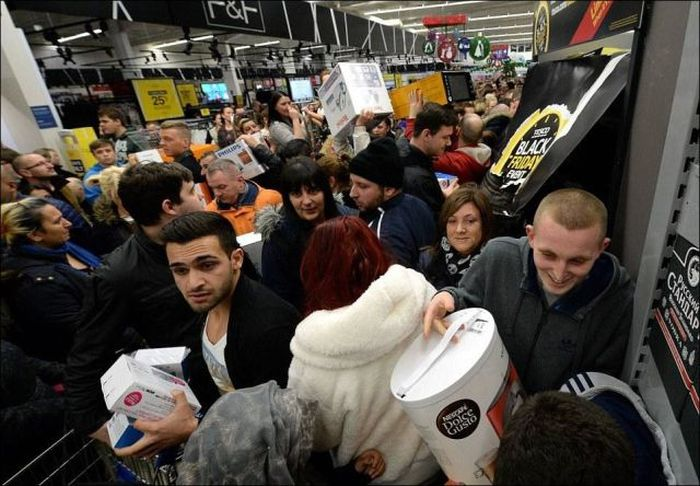 Black Friday Was An All Out War In Britain