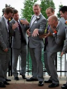 Funny And Awkward Wedding Photos
