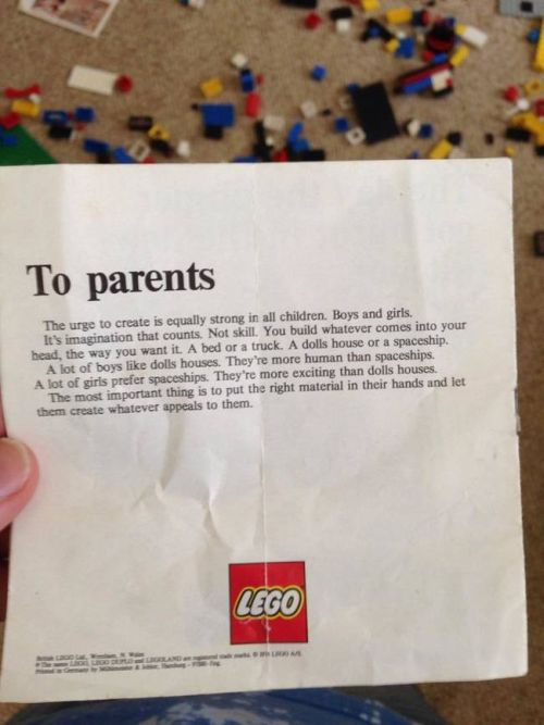 LEGO Sent A Very Powerful Message To Parents In The 70s
