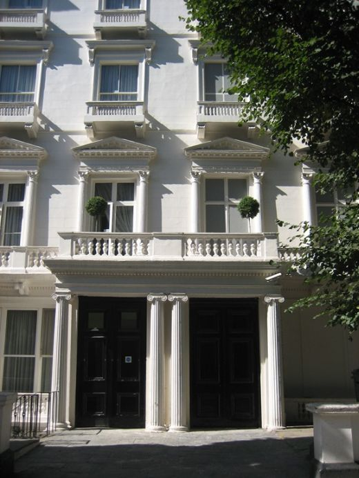 Fake Townhouses In London