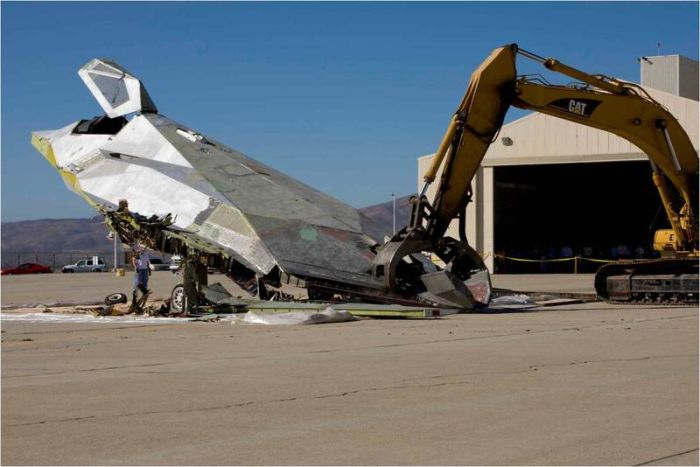 How To Dispose Of A F-117 Bomber
