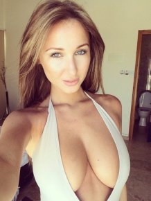 Hot girls with big boobs