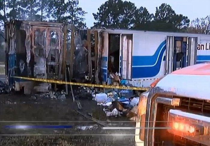 Truck Driver Discovers Massive Amounts Of Money On Fire