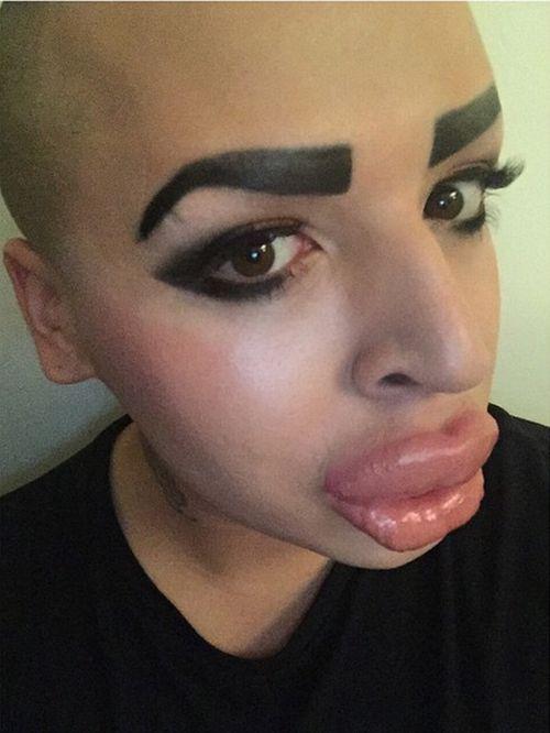 man spends 100 000 to look like kim kardashian others
