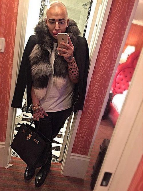 Man Spends ВЈ100,000 To Look Like Kim Kardashian