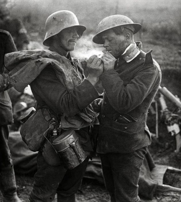 The Heartwarming Story Of A Christmas Truce From World War I