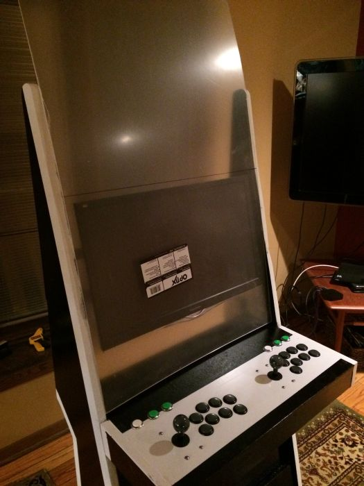 This Guy Built An Old School Arcade Machine From Scratch