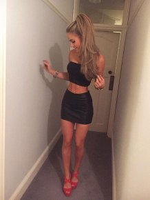 Hot girls in tight dresses celebrate new year