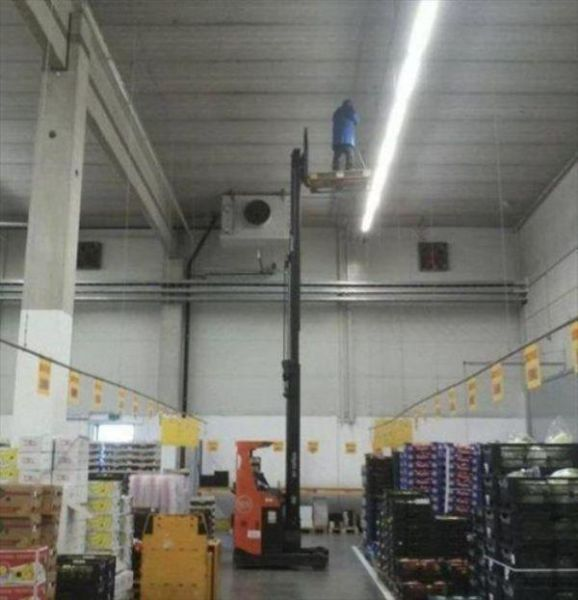 Work Fails & Job LOLs, part 33