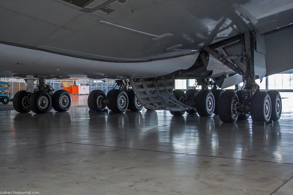 Airbus A380 in garage