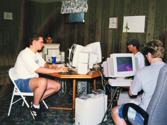 What Multiplayer PC Gaming Looked Like In 1998, part 1998