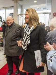 Retired Principal Wins A $326 Million Dollar Jackpot
