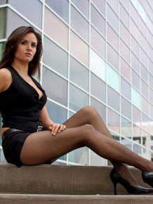 These Beautiful Legs Will Be Running Through Your Mind All Day