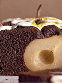Making A Chocolate Cake With A Pear, Expectation Vs Reality