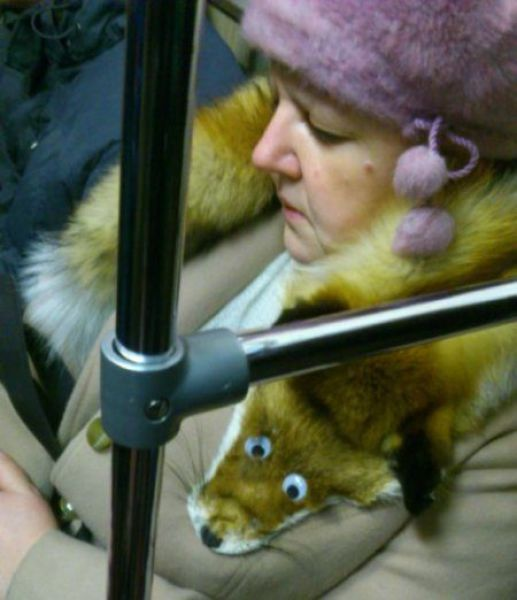 Things You Definitely Shouldn't Be Wearing On The Subway