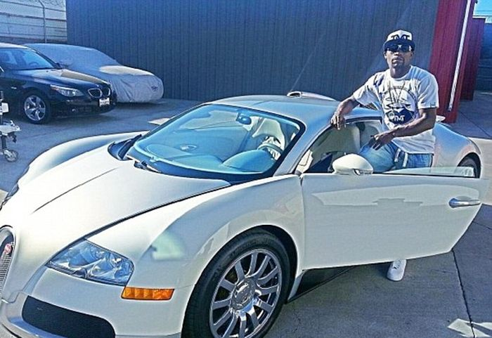 Inside Floyd Mayweather's Awesome Life