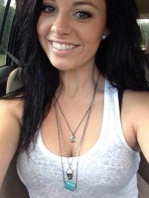 Girls car selfies